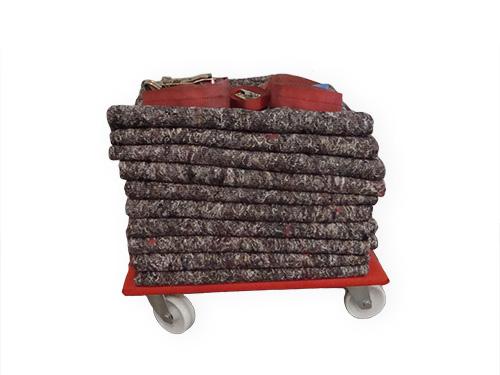 location d une petite camionnette de 3 m louer par heure. Black Bedroom Furniture Sets. Home Design Ideas